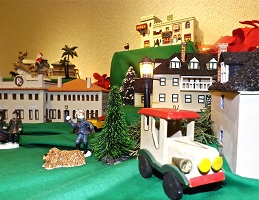 Historic St. Augustine Tiny Town by Lenny Ruel