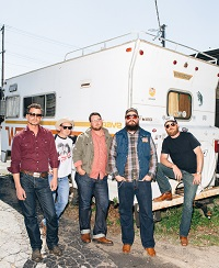 Turnpike Troubadours - Press
