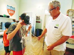 Menorcan Fishnet Making Mike Usina