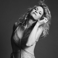 Ana Popovic Press Photo