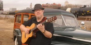 Fingerstyle guitarist Richard Smith