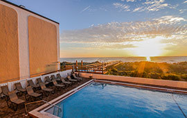 Beacher's Lodge Oceanfront Suites