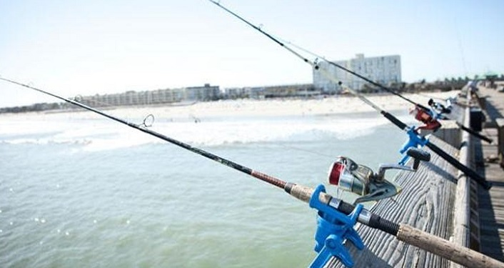 Learn the ins and outs of saltwater fishing off of our county ocean pier at Fishing 101 at Pier Pavilion