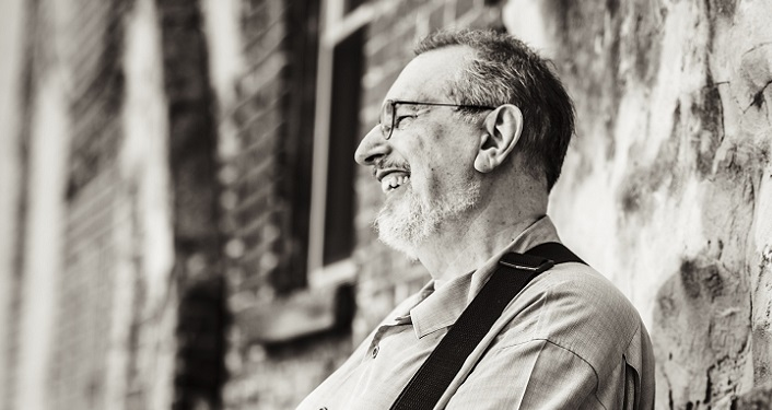 Americana godfather, David Bromberg brings his blues-inspired David Bromberg Quintet to Ponte Vedra Beach