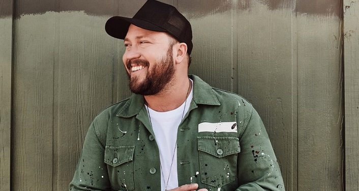 Mitchell Tenpenny in Concert