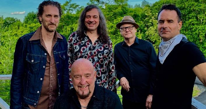 The Fabulous Thunderbirds in Concert